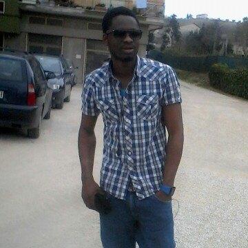 Osadolor Solomon, 25, Fermo, Italy