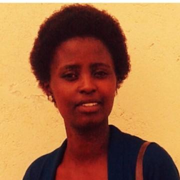Naddi, 28, Nairobi, Kenya