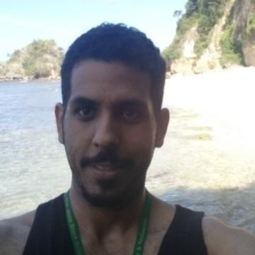 Khalid, 30, Jeddah, Saudi Arabia