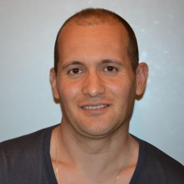 Raul Fernandez, 41, Barcelona, Spain