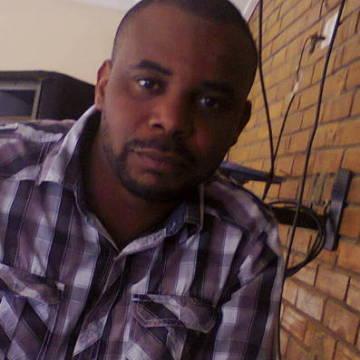 Dapo , 36, Lagos, Nigeria