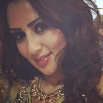 Zinnia, 30, Dubai, United Arab Emirates