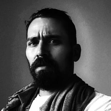 Jethro Cresci, 33, Lima, Peru