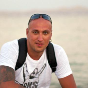 Анатолий, 35, Saint Petersburg, Russian Federation