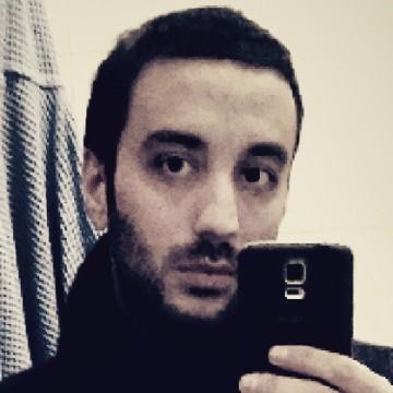 Enzo D'Auria, 34, Napoli, Italy