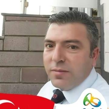 Bülent Cemmek, 40, Bursa, Turkey