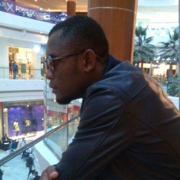smith, 32, Sharjah, United Arab Emirates