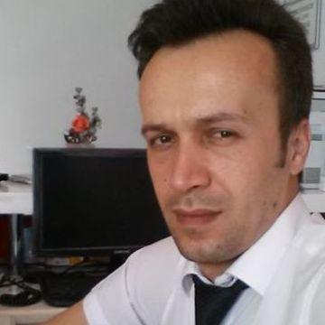 Hakan Altınok, 34, Balikesir, Turkey