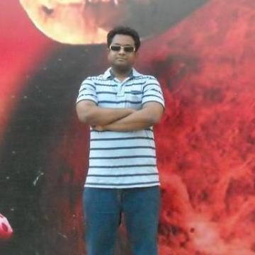 Faisal, 36, Dhaka, Bangladesh