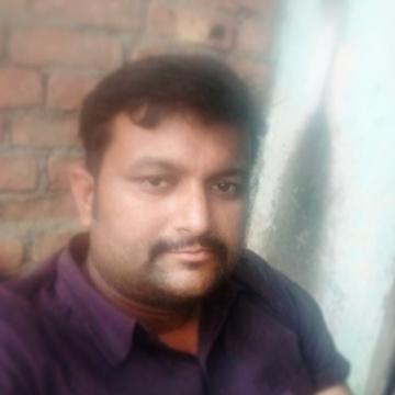 Abhinav, 32, Varanasi, India