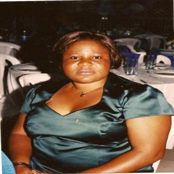 PRISCA, 40, Libreville, Gabon