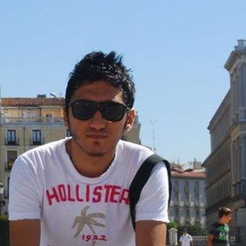Hakan Zanbak, 31, Istanbul, Turkey