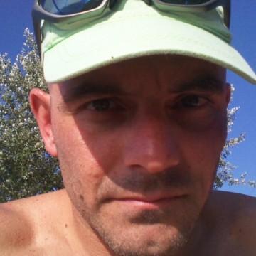 max, 44, Rome, Italy