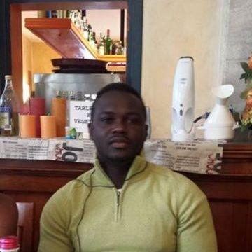 Godwin, 26, Vicenza, Italy