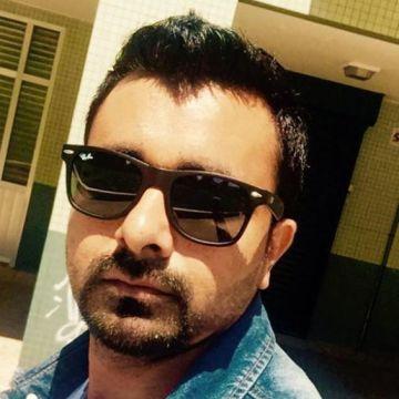 Waseem Ul Haq, 34, San Sebastian, Spain