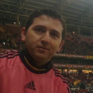 Haluk Çabuk, 35, Istanbul, Turkey