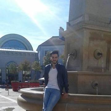 Yzad, 31, Paris, France
