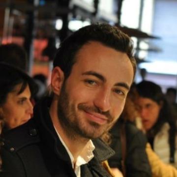 Íñigo De María-Tomé Pérez, 30, Madrid, Spain