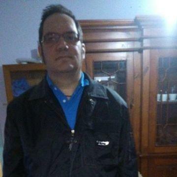 jonathan, 44, Llanes, Spain