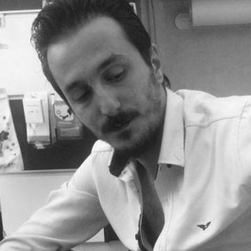 Mert Türkoğlu, 32, Izmir, Turkey