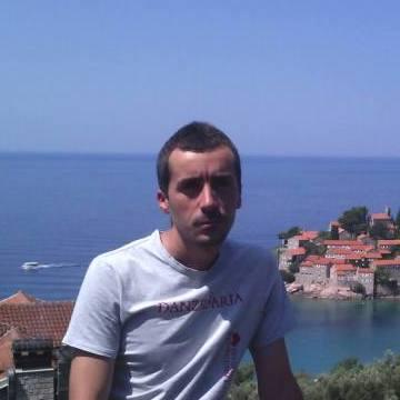Klajdi Gratino, 30, Tirana, Albania