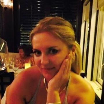 Shams, 38, Dubai, United Arab Emirates
