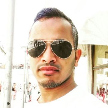 Ronak, 31, Dubai, United Arab Emirates