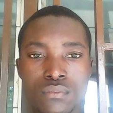 yondou , 22, Lome, Togo