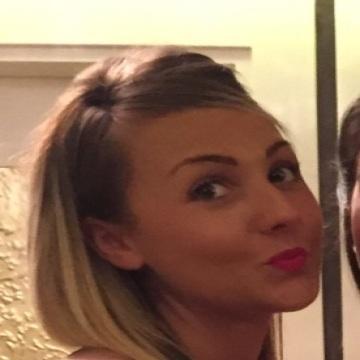 Amy Stapenhill, 27, Chatham, United Kingdom