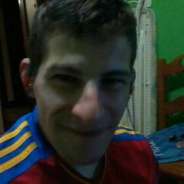 Andres Garcia, 32, Salamanca, Spain