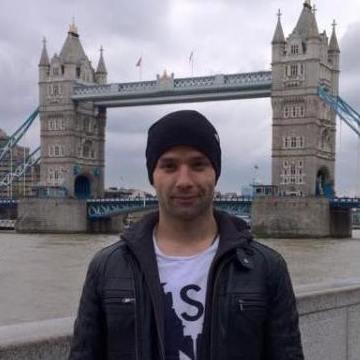 H Polat, 31, Istanbul, Turkey