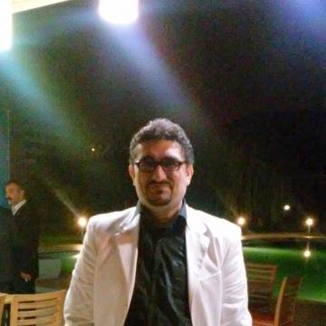 aytac, 43, Istanbul, Turkey