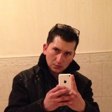 Henry Esparza, 34, Elizabeth, United States