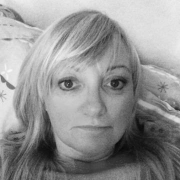 Tricia, 45, Blackwood, United Kingdom