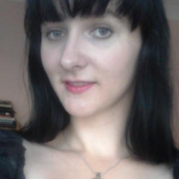 angelina, 27, Orlando, United States