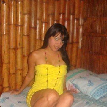 Mercy Thomas, 33, Los Angeles, United States