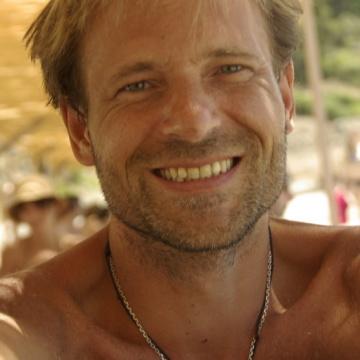 Luc Worst, 42, Istanbul, Turkey