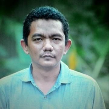 Dody Widagdo, 42, Solo, Indonesia