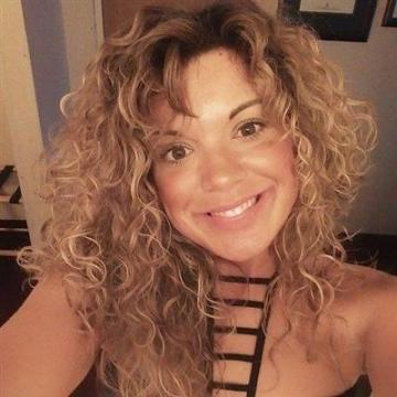 Erica, 44, Calgary, Canada