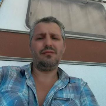 Selim Mutlu, 42, Istanbul, Turkey