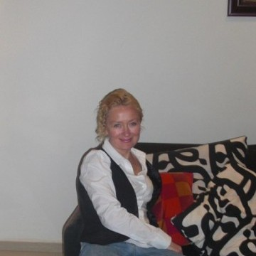 Ilona, 40, Tel Aviv, Israel