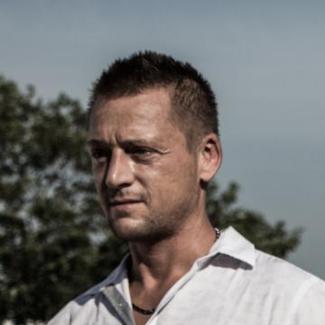Roman Lé, 39, Cancun, Mexico