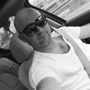 Ertan Zorba, 40, Bursa, Turkey