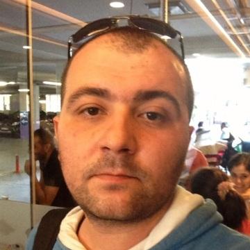 Serdar Güntekin, 38, Istanbul, Turkey
