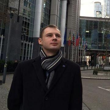 Arthur Lomarainen, 35, Turku, Finland