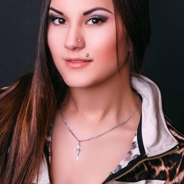 Viktoriia, 23, Istanbul, Turkey
