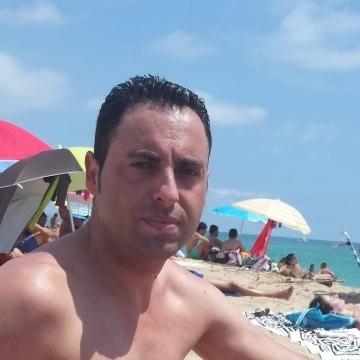 DAVID, 40, Sabadell, Spain