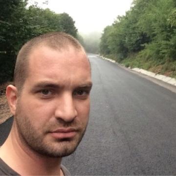 Özkan Özgenç, 37, Kocaeli, Turkey