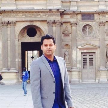 momin hossain, 28, Paris, France