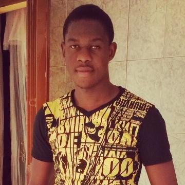 Cédric, 23, Ouagadougou, Burkina Faso